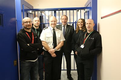 Nottinghamshire Chief Constable Craig Guildford and Paddy Tipping with members of the U-Turn team