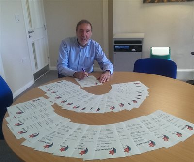 Paddy with Volunteer Certificates