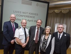 Knife Crime Conference 2 (800x607)